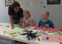 Mother's Day Children with Arts and Crafts.