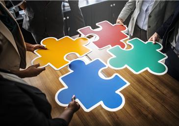 4 colored puzzle pieces
