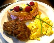 nancy-breakfast220