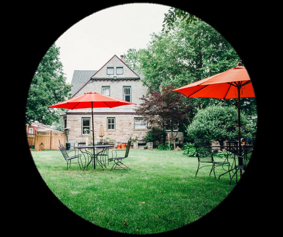 WI-round-backyard (1)