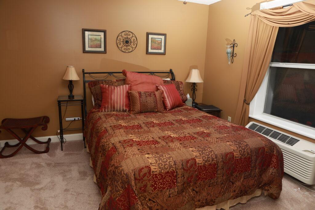 Spanish_Room
