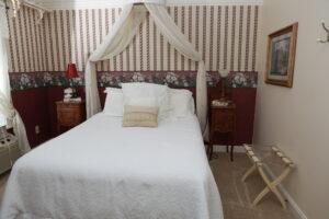Victorian Room | Woodstock Inn B&B