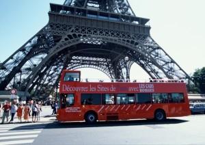 Autobus turístico en París