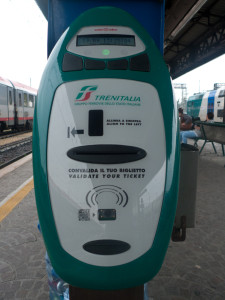 New-style machine for validating tickets