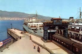 Tren entrando en ferry