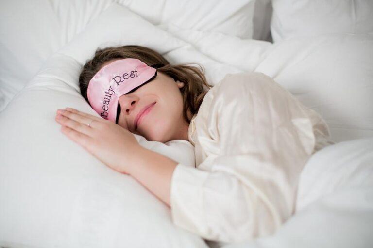 sleep well to remove puffy eyes