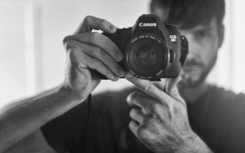 canon-of-design-tavis-leaf-glover-with-canon-6d-camera-800px-55q