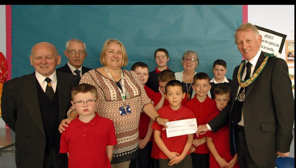 School Cheque Presetation 110915