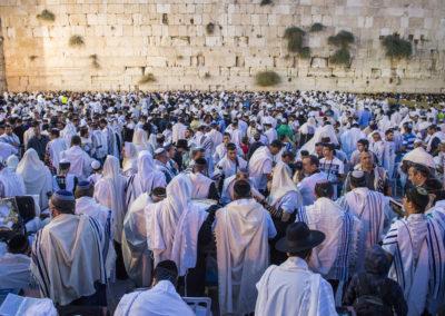 WHAT JEWISH PEOPLE BELIEVE