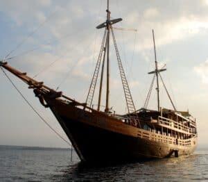 Damai II Luxury Dive Liveaboard Indonesia - Redefining Dive Liveaboards