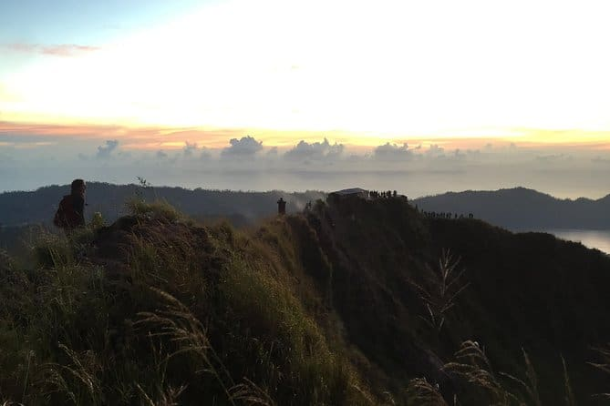 Top things to do in Bali, visiting a coffee plantation and hiking Mt. Batur