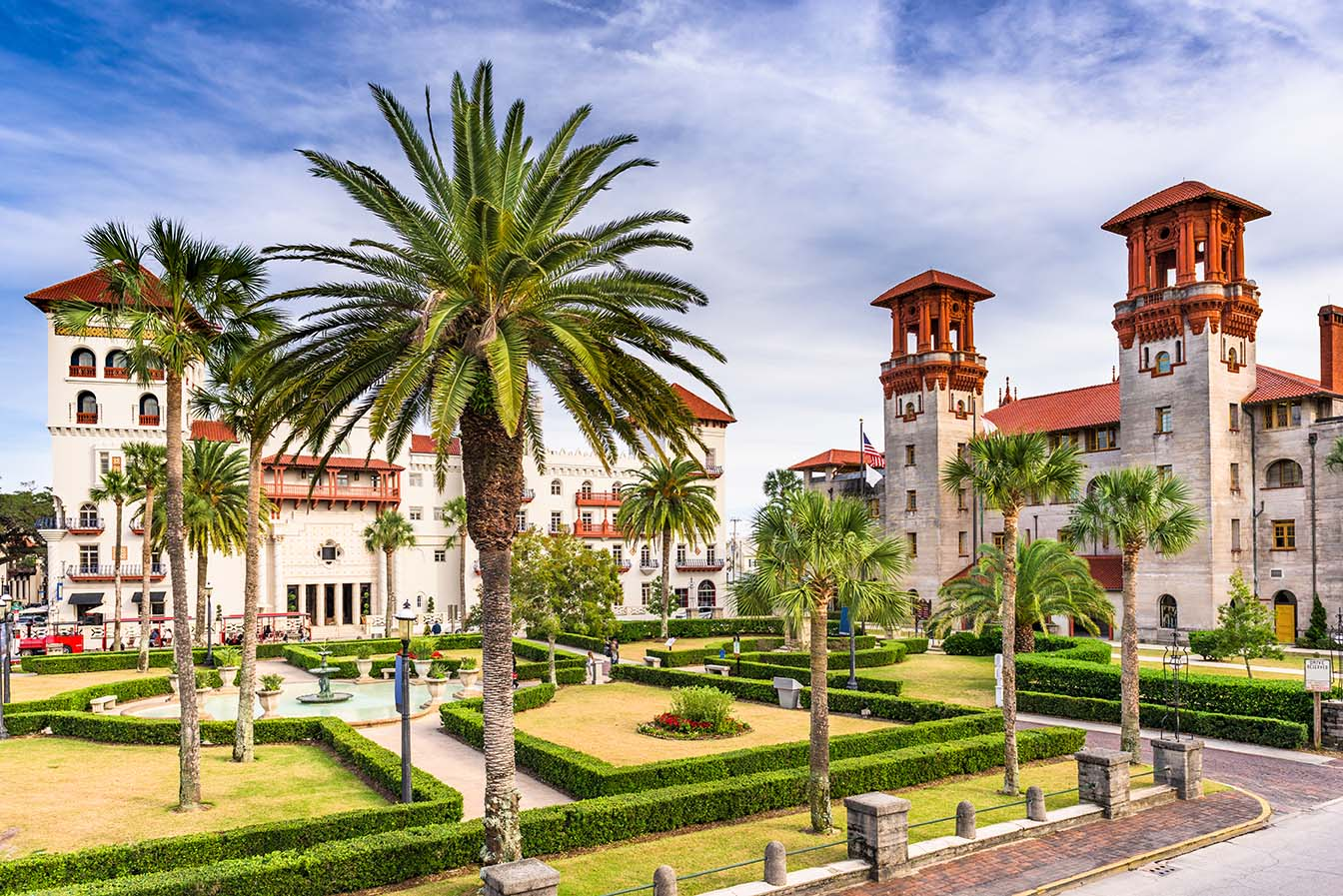 St. Augustine, Florida, USA city hall and Alcazar Courtyard.