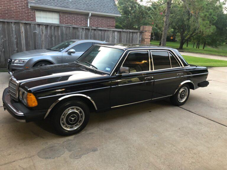 1982 Mercedes Benz 240D 1