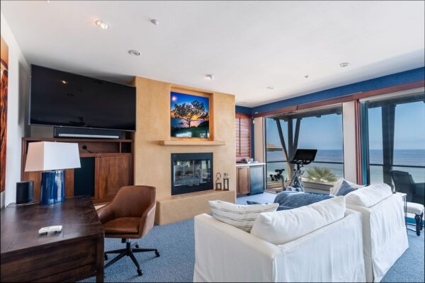 Encinitas Vacation Rental Home Master Bedroom