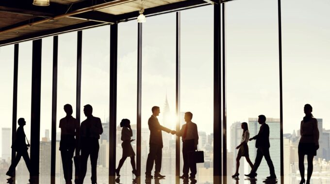 7 Steps To Reintegrate Employees Into The Office