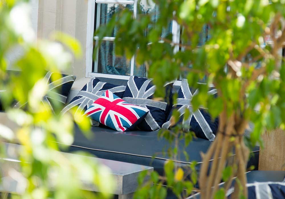 The British Garden Pub in South Beach