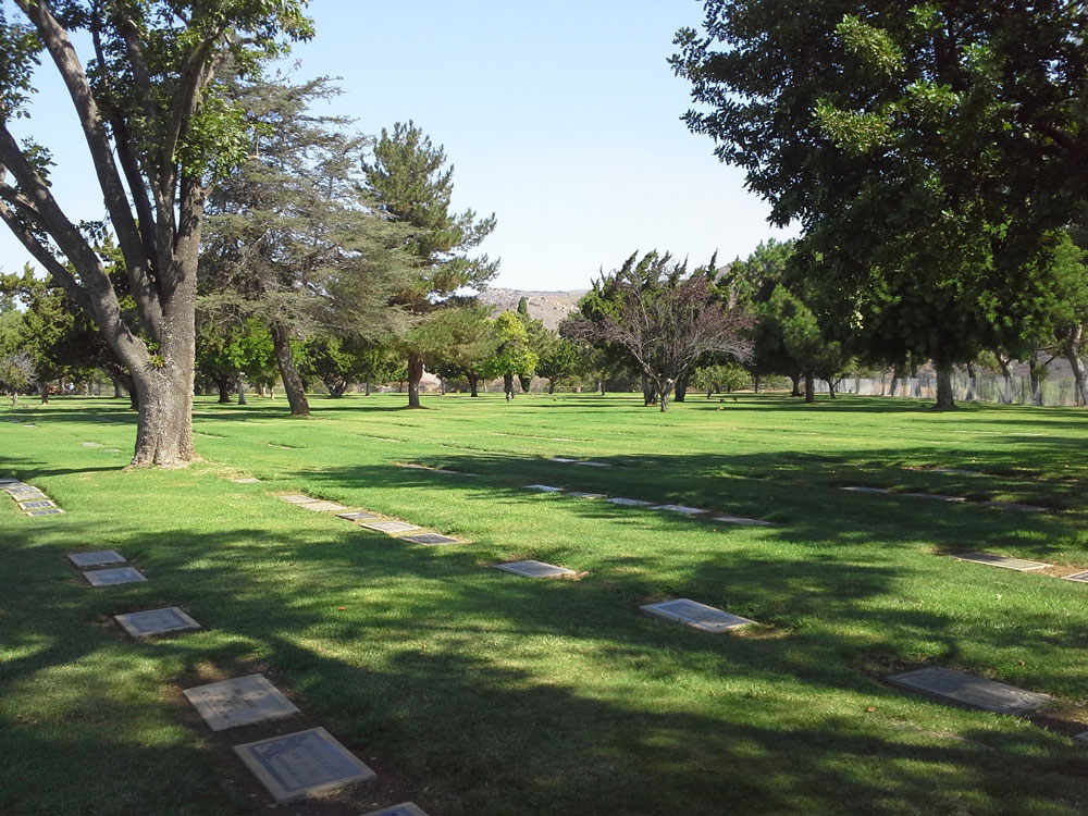 cemetery-landscape-and-irrigation-solutions-Holy-Sep-cemetery