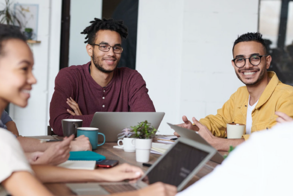 3 Must-Know Strategies for Working with SMEs | Freelance eLearning Designer | The eLearning Designer's Academy by Tim Slade