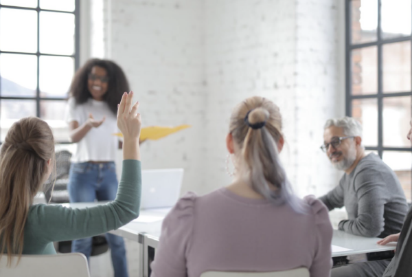 How to Conduct an eLearning Project Retrospective | Freelance eLearning Designer | The eLearning Designer's Academy by Tim Slade