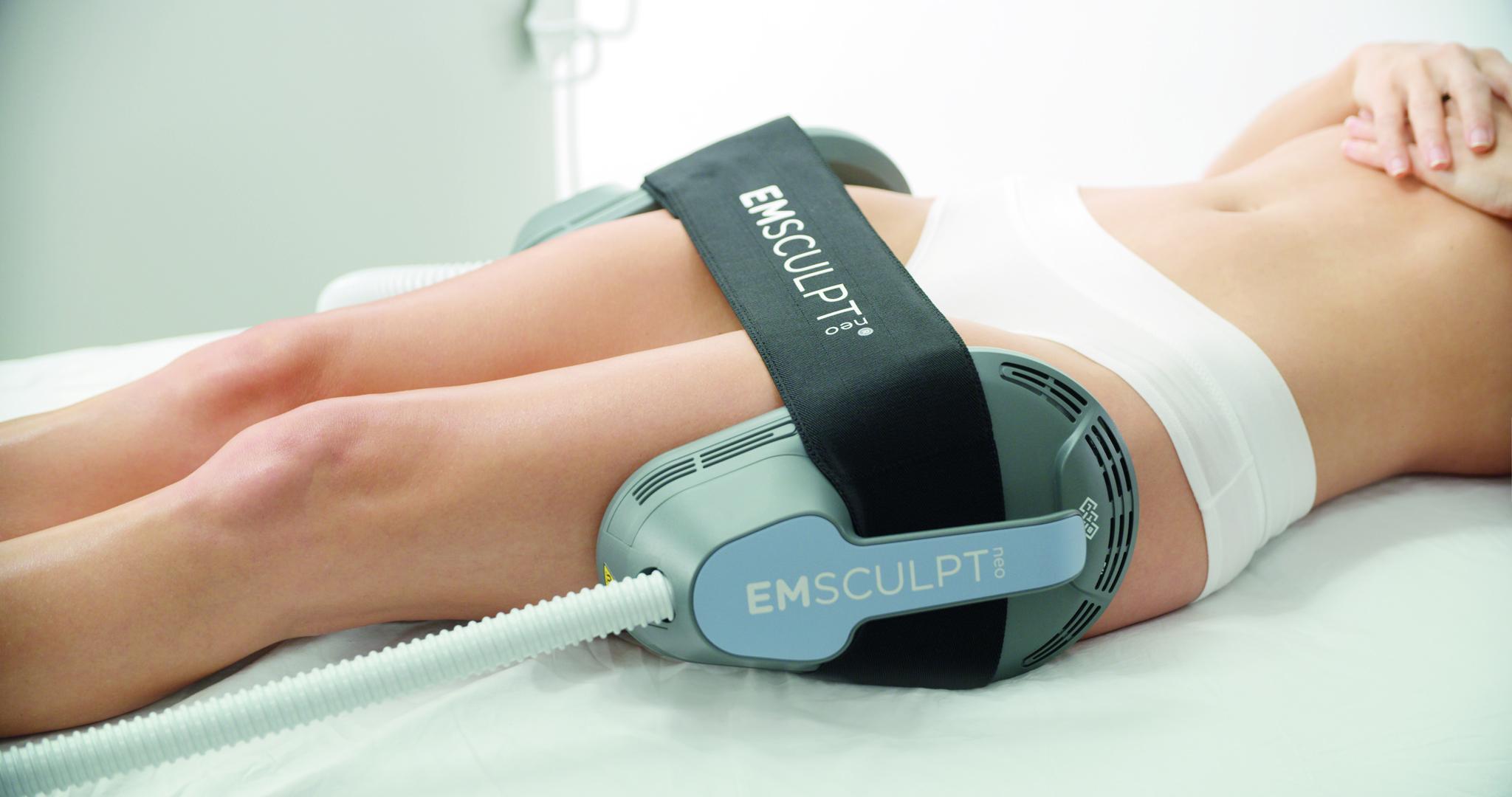 Emsculpt NEO treats outer thighs