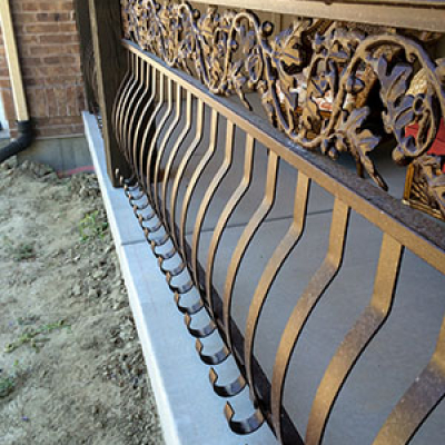 outdoor custom railing