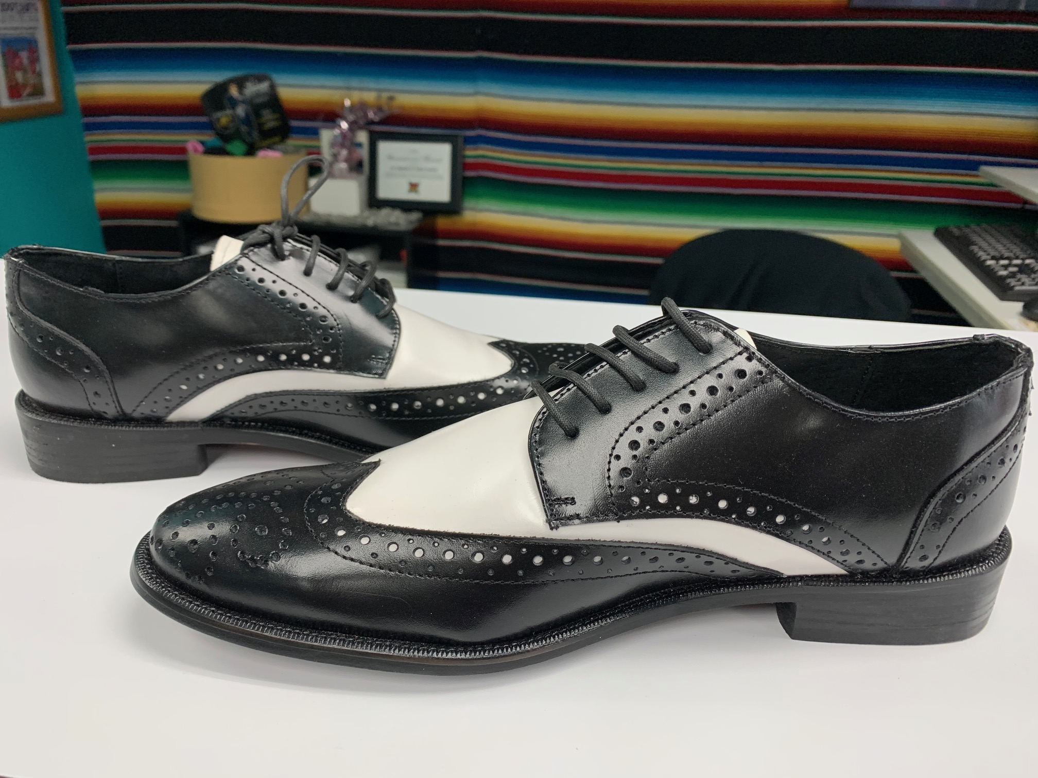 Two Tone El Pachuco Wing Tip