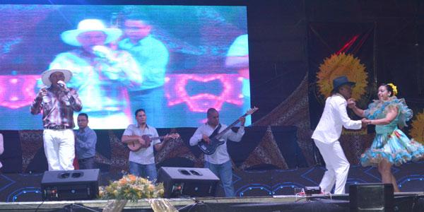 Romance y derroche de talento en el V Festival de la Voz Sol de Vargas