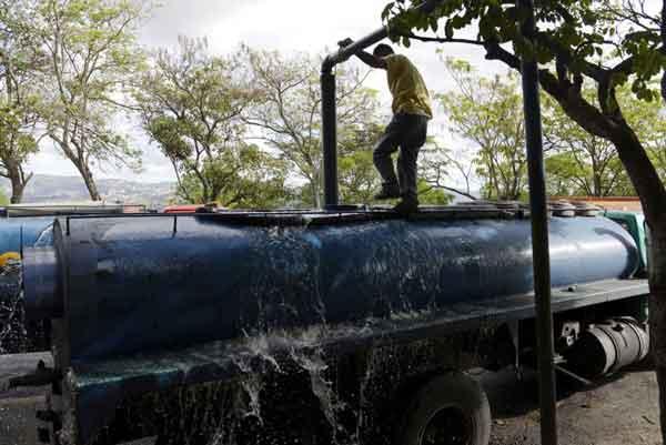 Servicio de agua será suspendido este domingo en varios sectores de la Gran Caracas