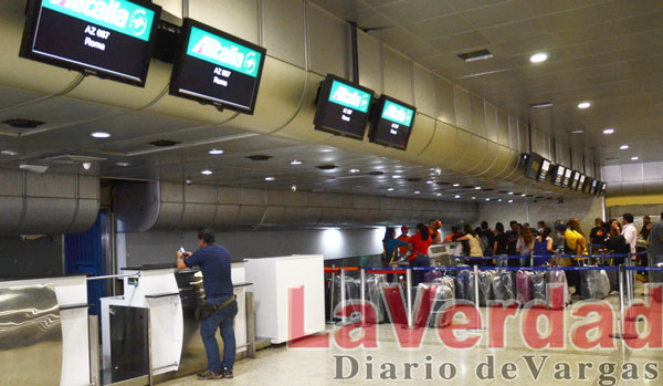 Alitalia reiniciará operaciones con venta de boletos paralizada