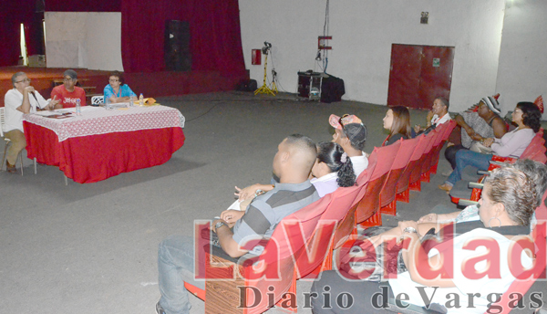 Recursos por convenios fueron entregados a 7 asociaciones de danzas