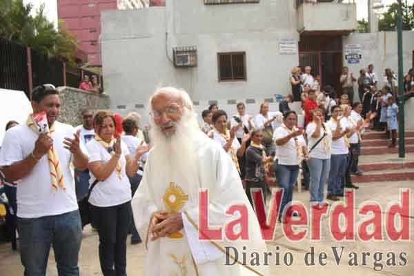 """Obispo Biord: """"Le agradecemos padre Jorge  todo el bien que  ha hecho en la gente"""""""