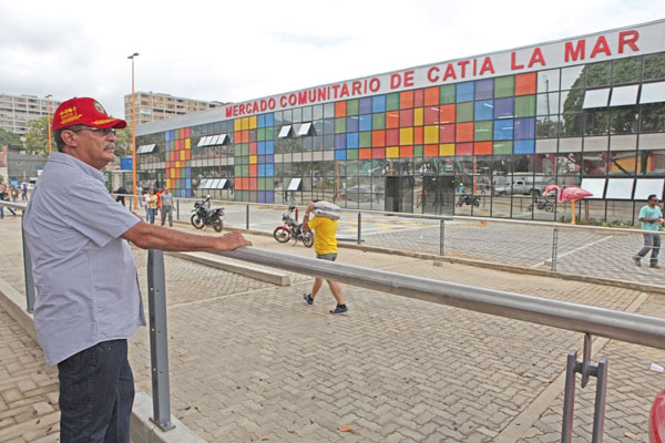 García Carneiro: En pocos días inauguraremos el Mercado Cacique Catia