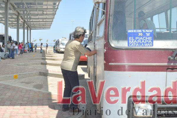 Exigen mejor vialidad transportistas en Carayaca