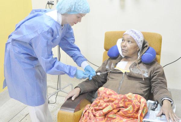 Hasta ocho meses esperan pacientes  con cáncer para cupo de radioterapia