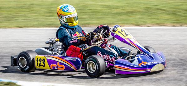 Fernández victorioso en última válida de karting español