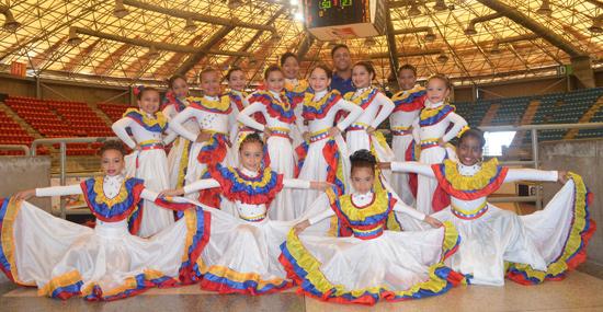 Fundación de Danzas Nuevo Milleniun forma bailarinas integrales