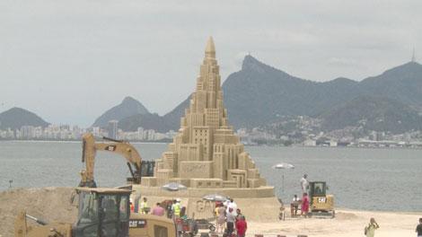 Castillo de arena para el Guinness