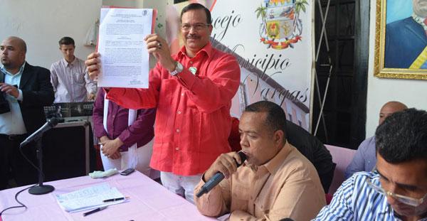 Alcalde aprobó creación de Orden Josefa Joaquina Sánchez