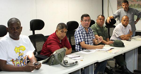José  Manuel  Suárez:  En  Vargas  hay  comida  suficiente   y  tranquilidad