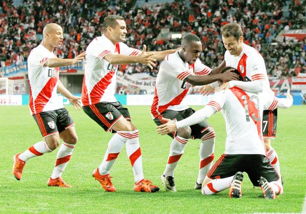 River Plate espera por el Barcelona