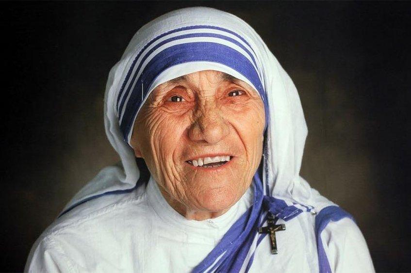 Papa Francisco autoriza la canonización de madre Teresa de Calcuta