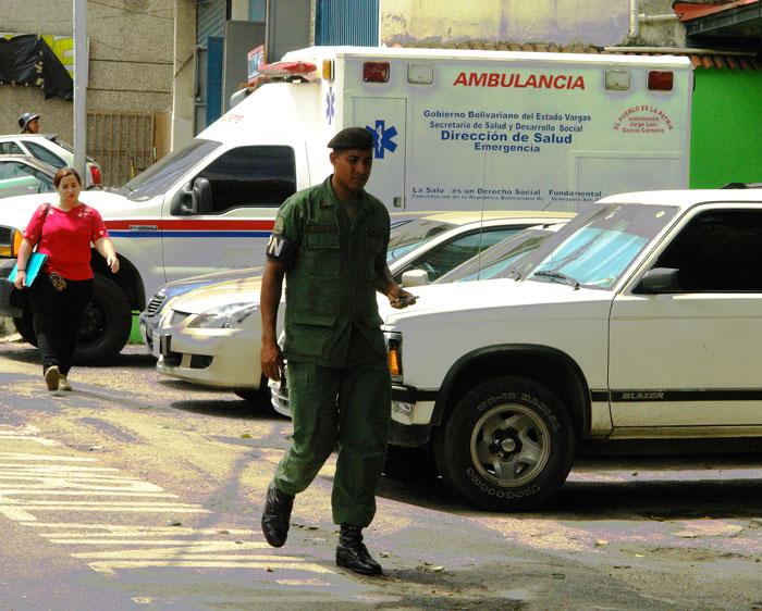 25 médicos diarios reforzarán guardias durante la Semana Mayor en Pariata