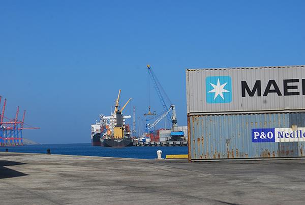 """""""El Gobierno ha bajado la operatividad de los puertos al mínimo"""""""