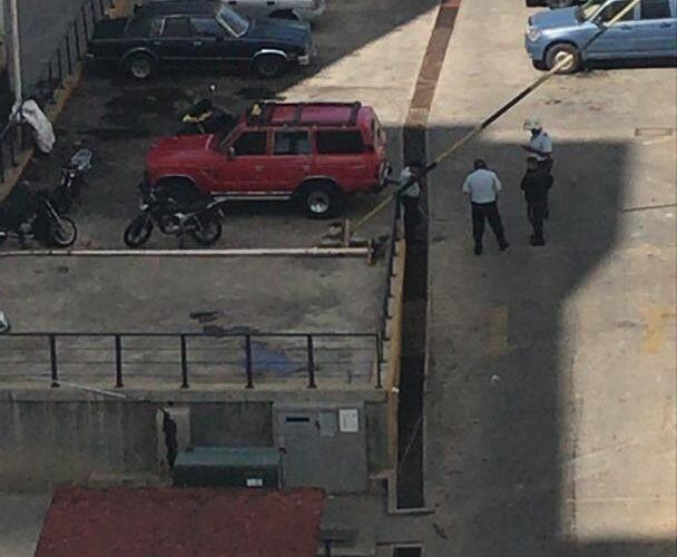 Asesinaron a un hombre en  Playa Grande cuando esperaba comprar un carro