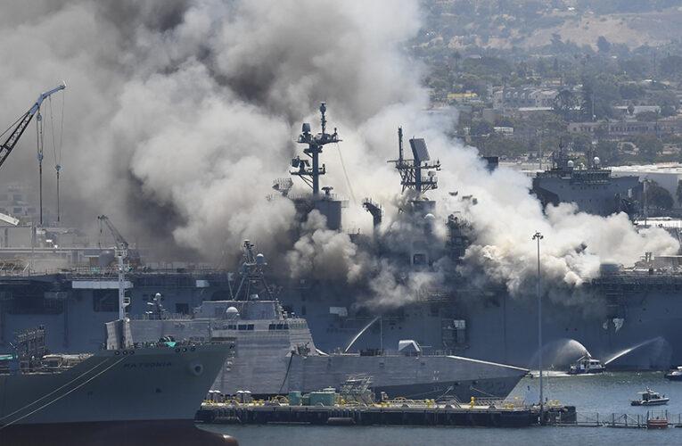 Explota buque de la Armada   de los EEUU en San Diego