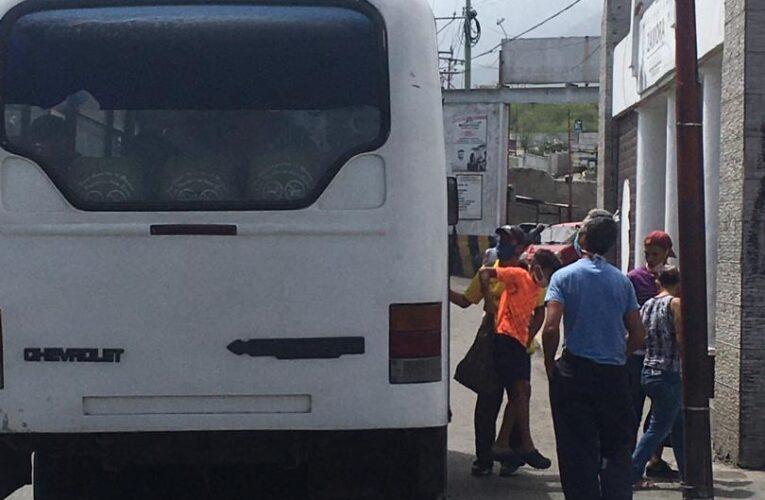 Línea Zamora- Las Colinas continúa incumpliendo la ruta