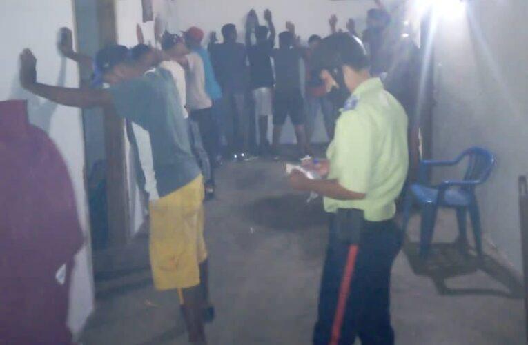 Disuelven fiestas y decomisan    equipos en Carayaca