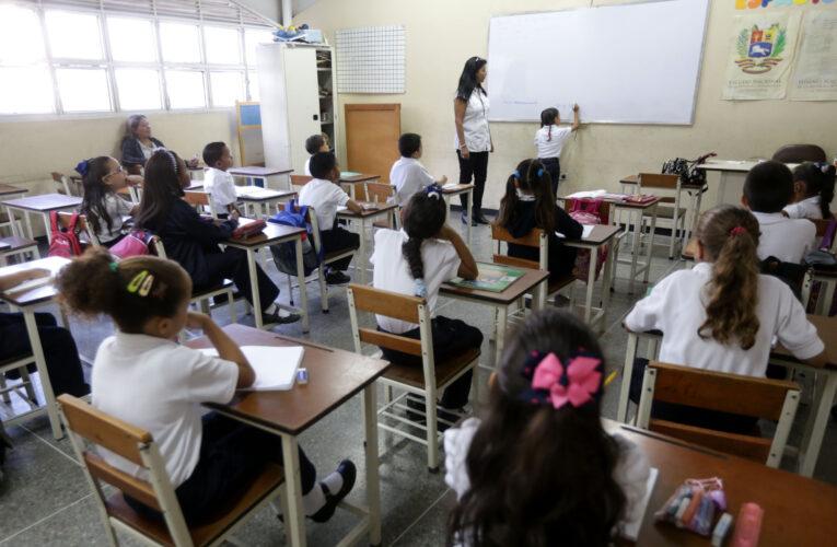 Zona Educativa y Sundee inspeccionan colegios privados