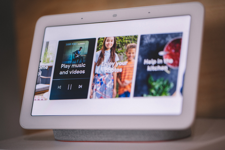 Netflix llegó a Nest Hub, la pantalla inteligente de Google