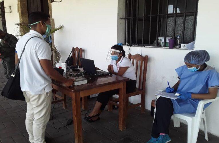 Cumplen protocolos de bioseguridad en jornada de inscripción electoral